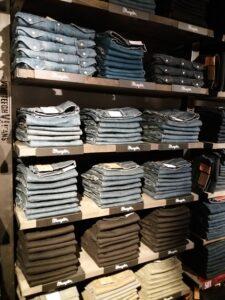 Versteegh-Jeansstore    Wrangler